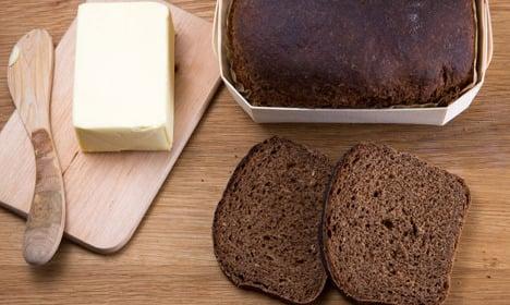 How to make Swedish sweet black bread
