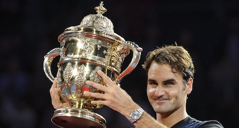 Federer wins seventh Swiss Indoors title