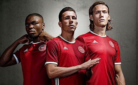 Denmark renews Sweden rivalry in face-off