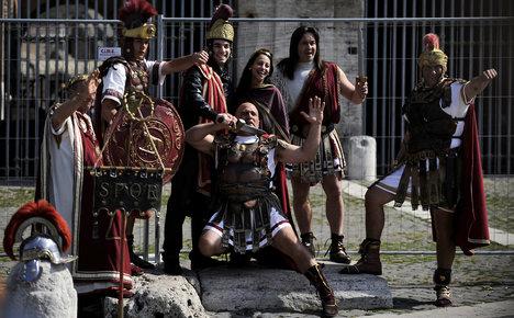 Rome banishes tourist-scamming gladiators