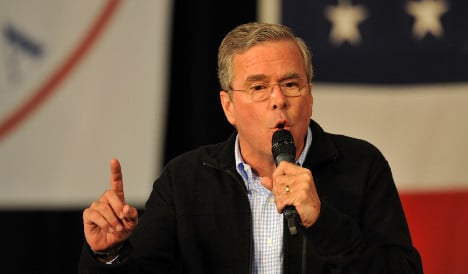 Jeb Bush sorry for jibe on 'French work week'