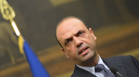 Sicily mafia 'plotted hit job on interior minister'