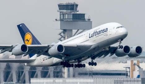 Lufthansa air crews call off strike