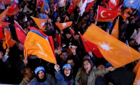 Erdogan's AKP rake in German-Turkish votes