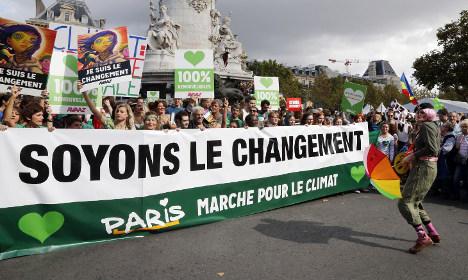 France bans two Paris climate change rallies