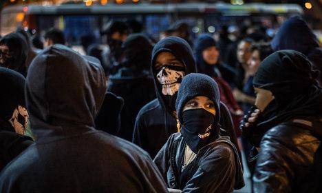 Violent 'black bloc' group threatens climate talks