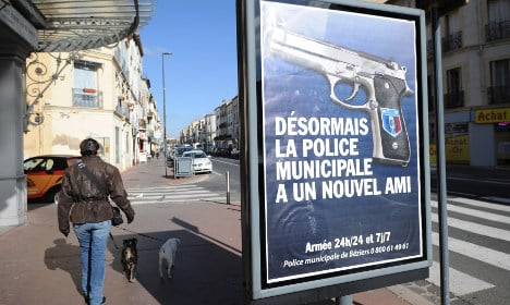 France to allow off-duty police to carry arms