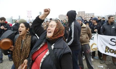 Activists fight closure of Malmö migrant camp