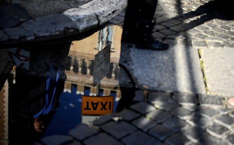 Uber's 'U-line' to test Rome's transport woes
