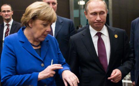 Merkel pushes Putin for Syria peace plan