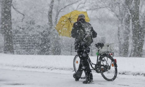 Snow-decked German streets stay safe