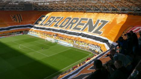 Dresden fans unveil Europe's biggest banner