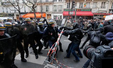 Paris police detain 208 at climate change demo