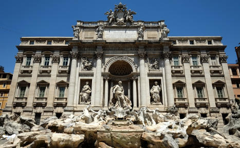 Trevi Fountain opens after Fendi makeover