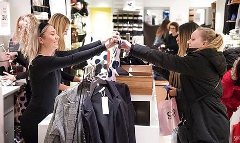 Danes' Black Friday spending sets record
