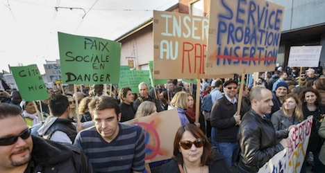 Geneva civil servant strike to continue