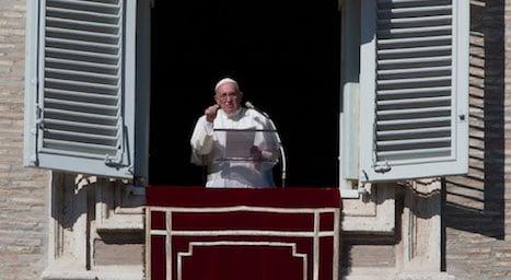 Pope pledges to continue reforms – despite leaks