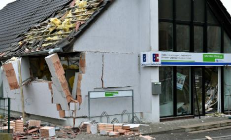 Inept crooks blast roof off bank outside Berlin