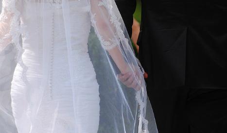 Police arrest dozens in Spain over immigrant sham wedding scheme