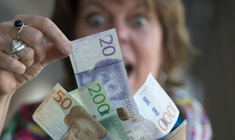 Sweden cashes in on new kronor banknotes