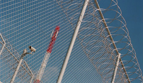 Migrants storm fence at Spain's north African enclave Melilla