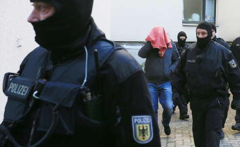 Police swoop on refugee smugglers nationwide