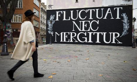 Slogans of unity show defiant spirit of Paris