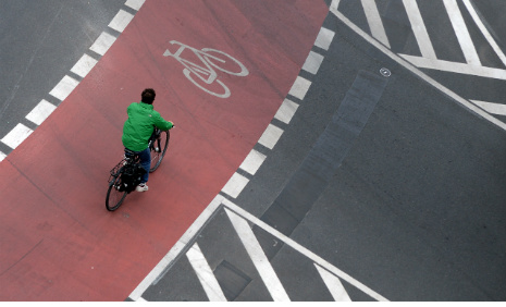 Germany gives green light to cycle Autobahns