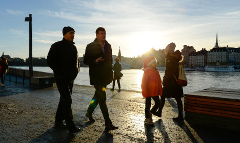 Swedes bask in record winter temperatures