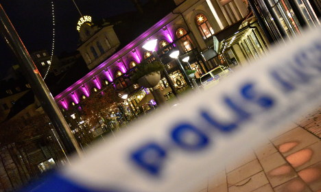 Police probe explosion at Stockholm restaurant