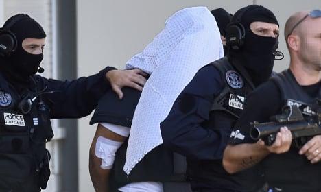 'Jihadist' who beheaded boss commits suicide