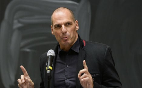 Varoufakis: I'd consider voting for Merkel