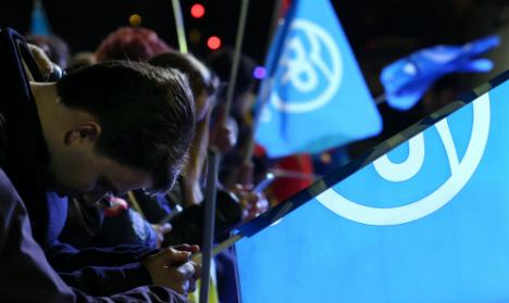 As it happened: Ruling PP wins but falls far short of absolute majority