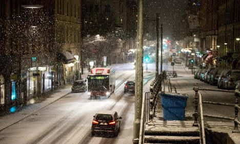 Slippery roads greet Swedes back at work
