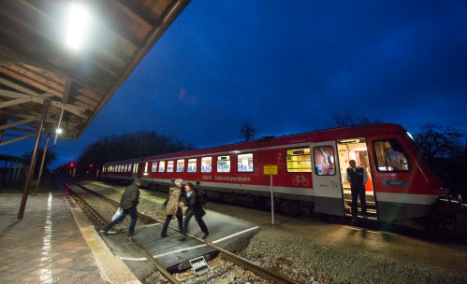 Refugee train stopped after tuberculosis scare
