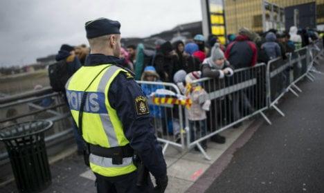 Norway to turn back asylum seekers at border