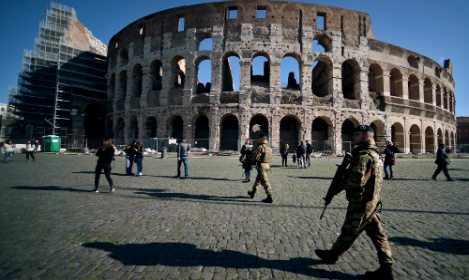 Why are tourists turning away from Rome?