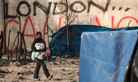 Landmark ruling allows Calais migrants to seek asylum in UK