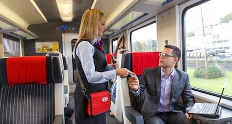 Half-fare card rail users to get ten-franc break