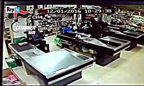 Asylum seeker foils armed robbery at Italian supermarket