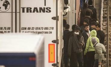 Refugees put hopes in €500 pot-luck smuggling service