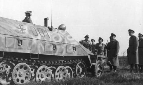 Germany probes former SS men over French massacre