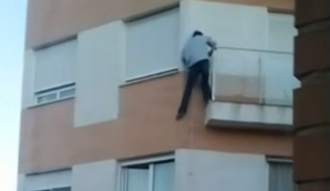 Horror as man plunges to his death after forgetting his keys
