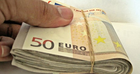 Italy police find €300k stashed by arrested tax judge