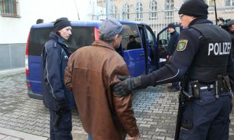 Merkel ally calls for 1,000 deportations daily