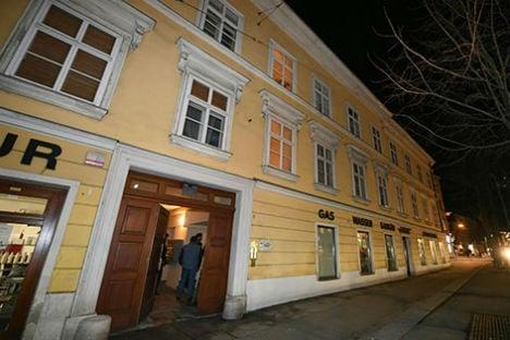American student found dead in Vienna apartment