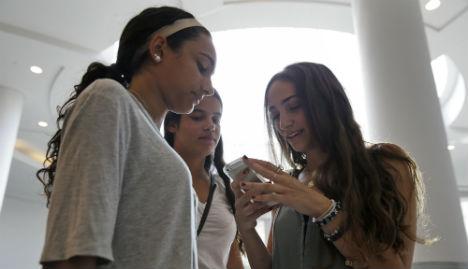 Sweden mulls 16-year age limit for social media
