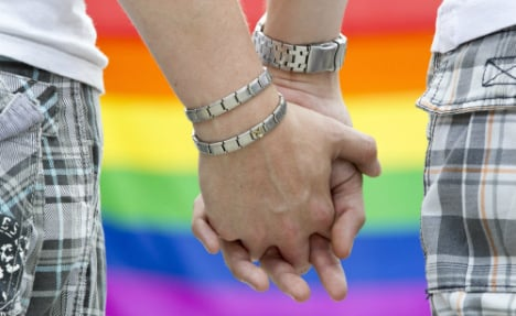 Most German conservatives support gay marriage: poll