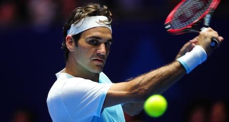 Federer cruises to win against practice partner