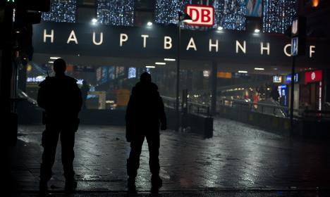 Manhunt in Munich for New Year terror suspects